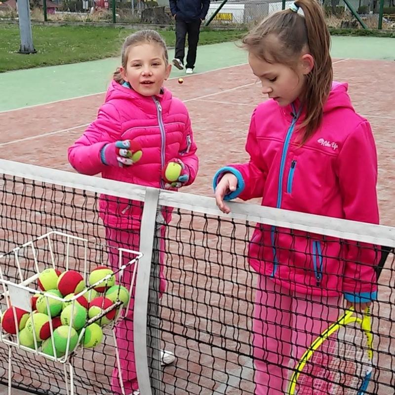 Trening tenisa dla dzieci