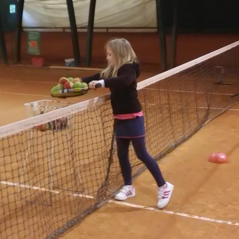 Szkoła tenisa na hali